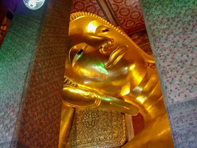 BangkokWat Pho sleeping buhhda