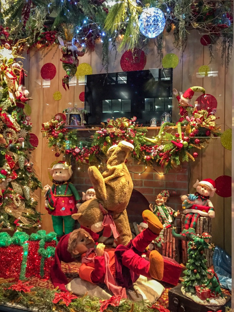 Fifth avenue Christmas window display