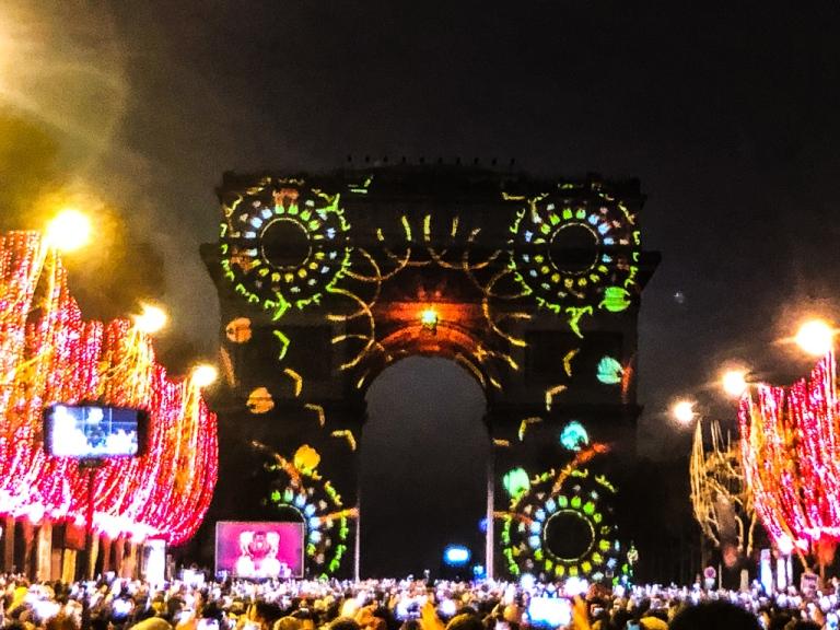 NYE Fireworks atChamps-Elysées